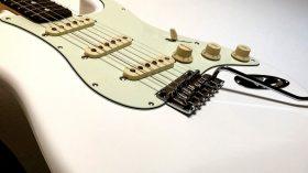 Fender JAPAN HYBRID 60S STRATOCASTER®